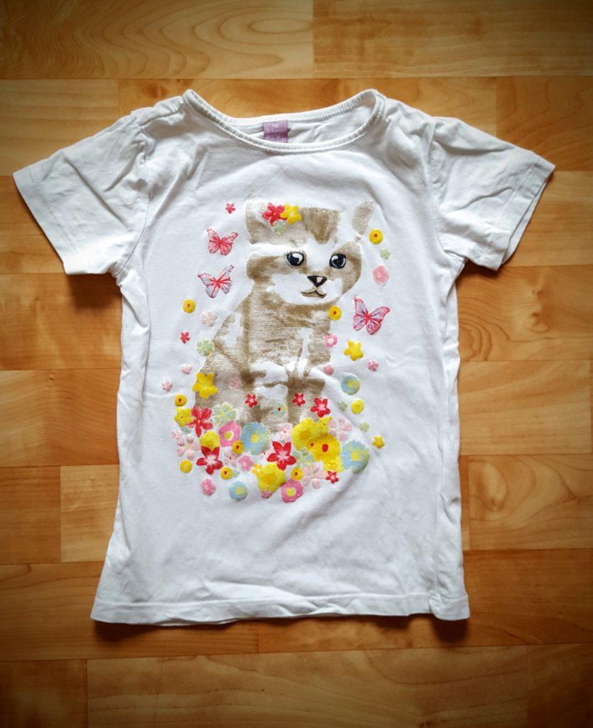 12von12: Turn T-Shirt mit unheimlicher Katze