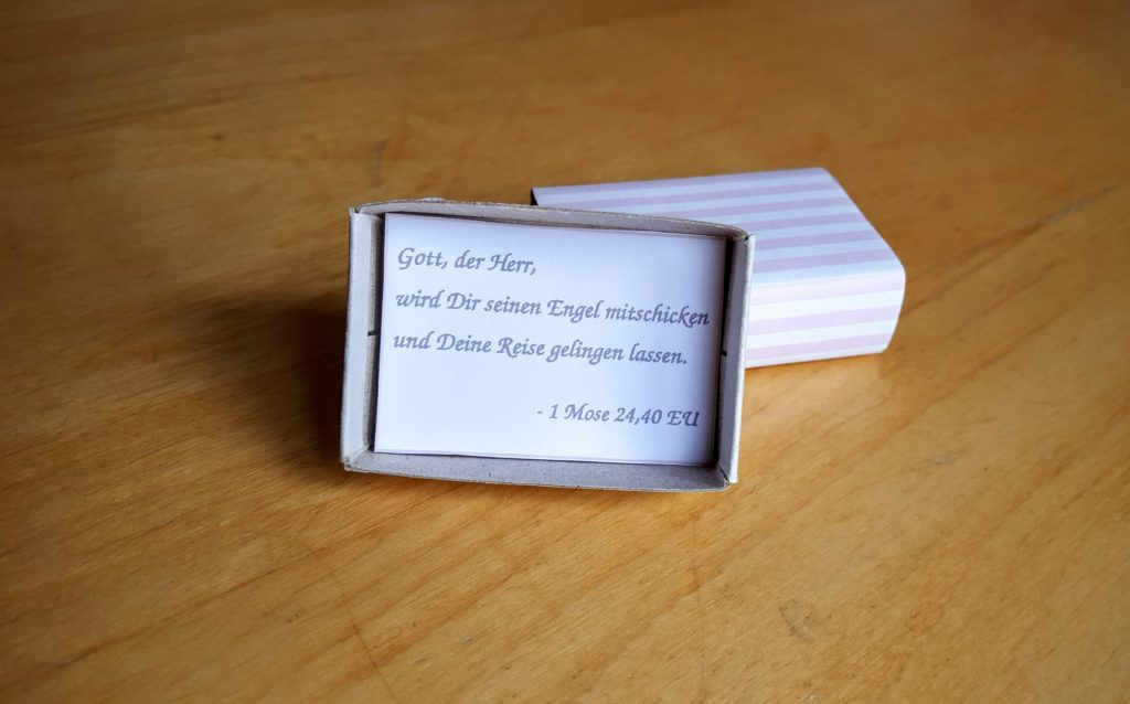 11-Tischkarte-Taufe-Deko