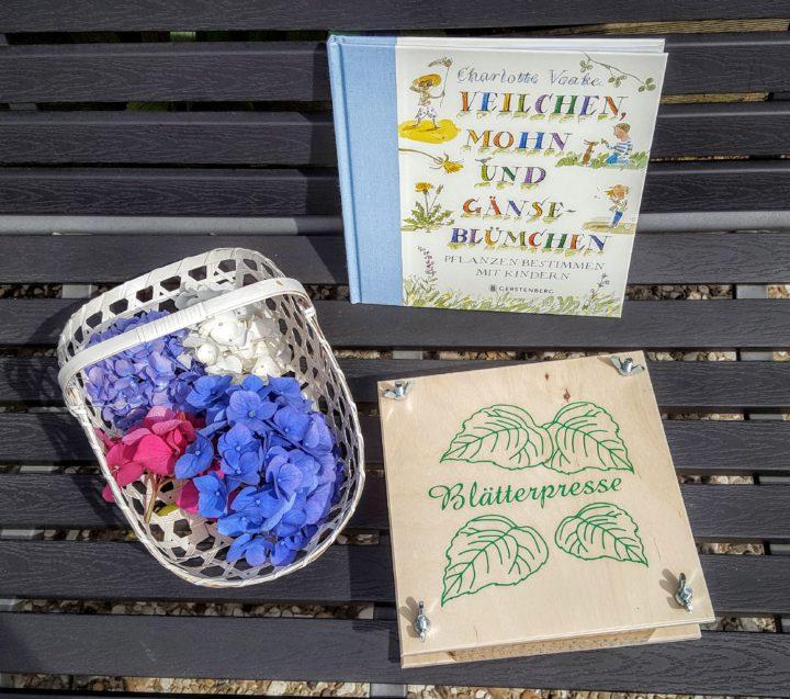 Titel Blumen pressen Frau Piefke schreibt
