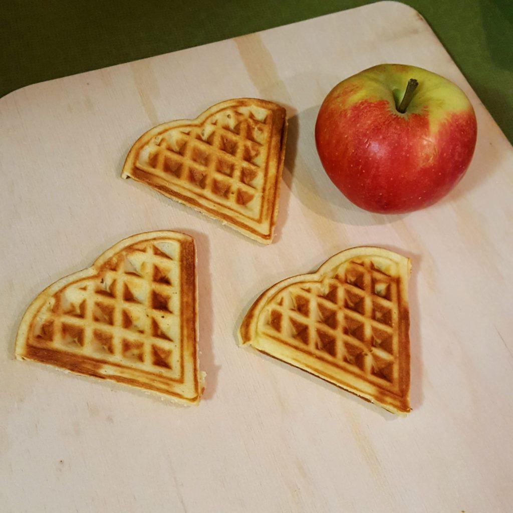 05 Apfel Waffel Schiffchen Frau Piefke schreibt Fasching Kindergeburtstag