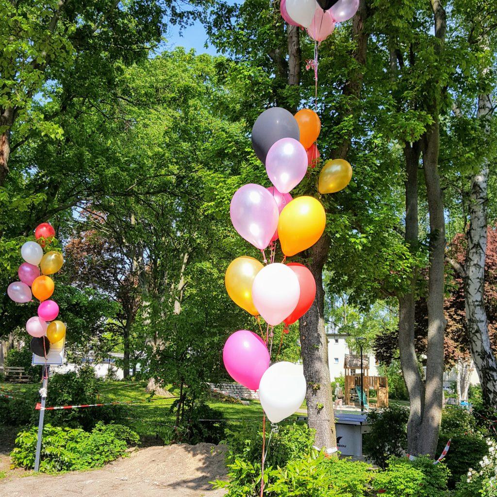 Luftballons Blogfamilia Frau Piefke schreibt