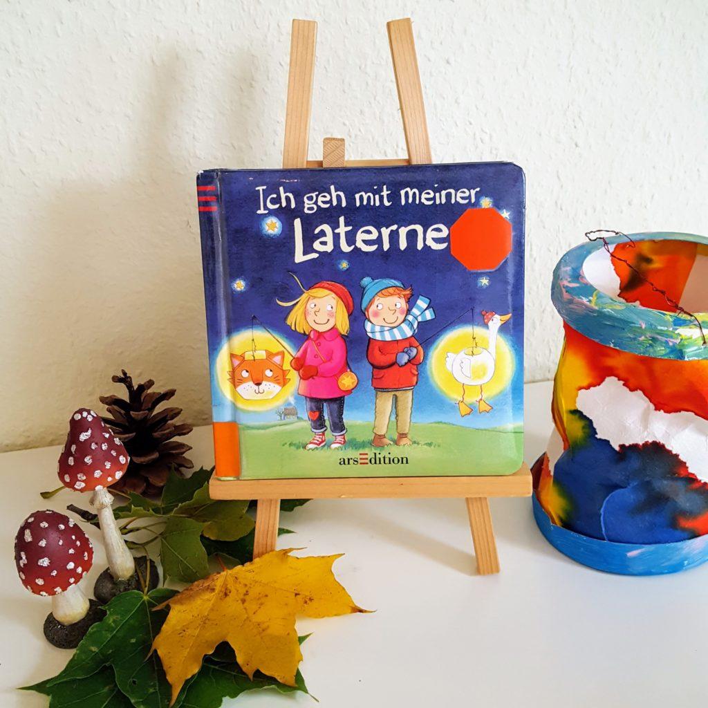 Ich geh mit meiner Laterne Kinderbuch Frau Piefke schreibt